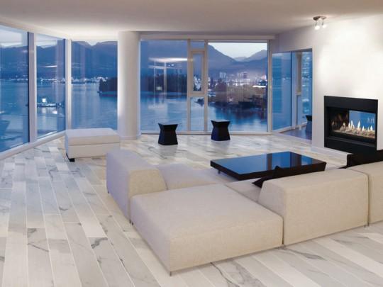 Modern Hall in Calacatta Carrara
