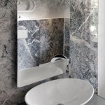 Bathroom walls and floor cladding in Grigio Fior di Pesco Carnico, Calacatta